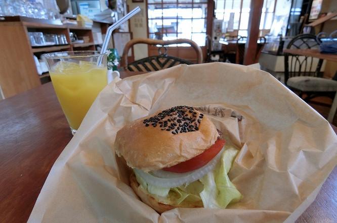 18061505mikuniburger